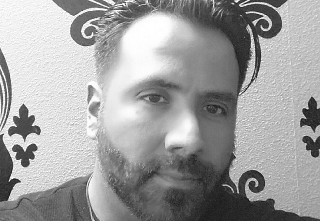 Robert Derby Colorado Springs Eye Candy Salon Stylist